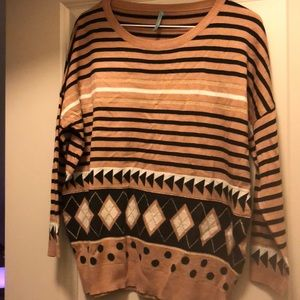 Sweaters - Black and brown sweater